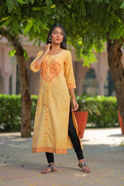 Goldenrod Embroidery Mirror Kurta
