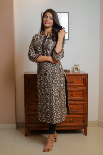 Brown Grey Chanderi Kurta with Zari Border
