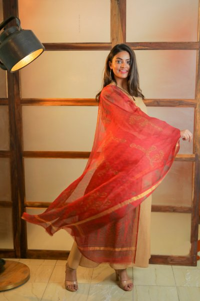 Teasing Red Silk Dupatta