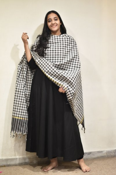 Small Checks Cotton Dupatta